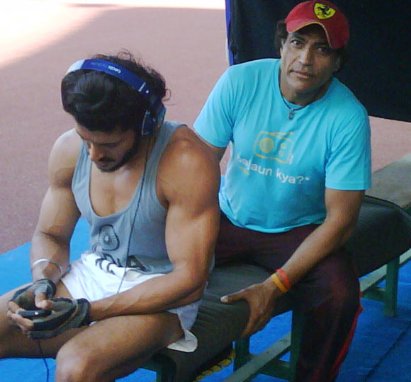 Farhan Akhtar Body – Pics, Workout and Diet Tips
