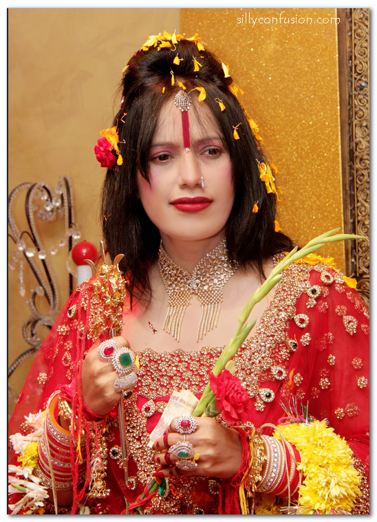 radhe maa pictures