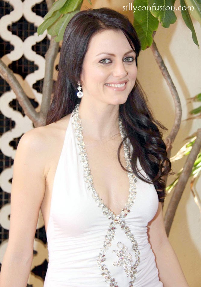 yana gupta hot picture