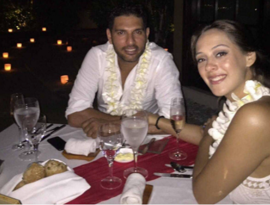 hazel keech yuvraj singh engagement photo