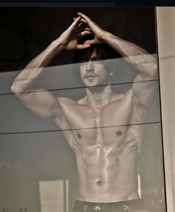 rishabh sinha body shirtless photo