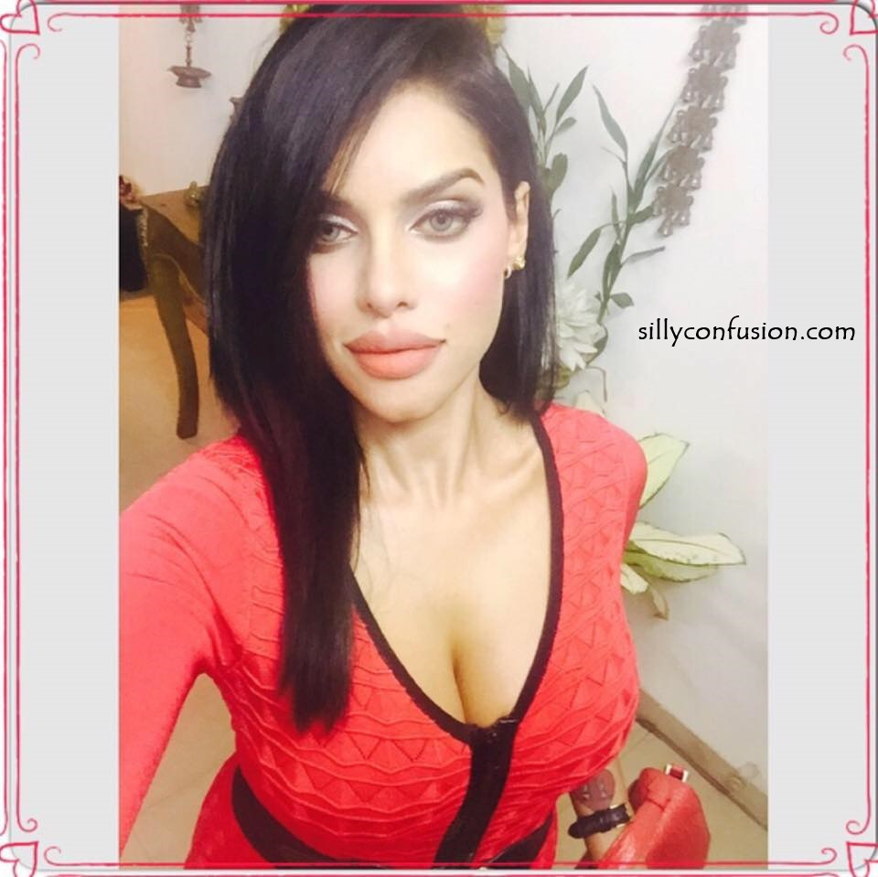 gizele thakral hot images