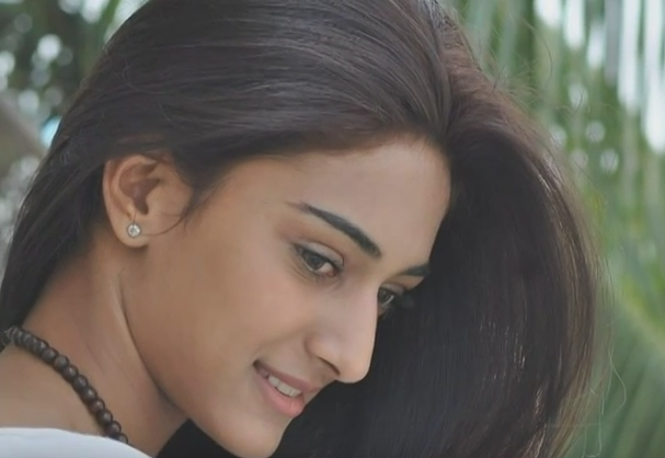 erica fernandes beautiful photo