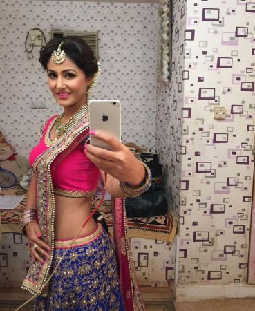 hina khan hot pictures
