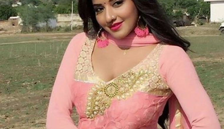 Mona lisa antara biswas photos husband wiki age height trivia bhojpuri actress mona lisa antara biswas joins bigg boss 10 altavistaventures Gallery