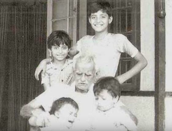 arnab-goswami-childhood-pictures