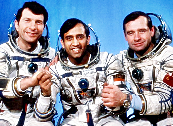 photos of rakesh sharma in space shuttle - photo #13